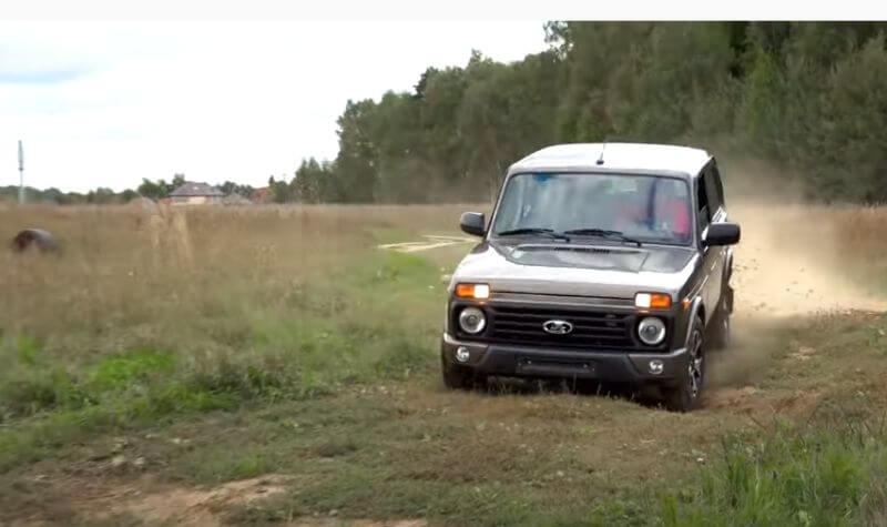 LADA Niva Legend, Suzuki Jimny и Land Rover Defender: Легенды протестировали на бездорожье